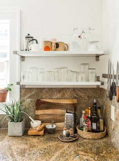 A Relaxed Bungalow in Portland, Oregon – Design*Sponge Kitchen Corner, Kitchen Shelves, Kitchen Dining, Futuristic Home, Large Homes, Beautiful Kitchens, Kitchen Organization, Decoration, Home Kitchens