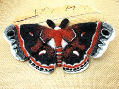 PreOrder Cecropia Robin Moth by FlutterFelt on Etsy