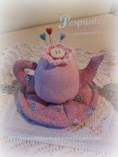 Pespuntes con inspiración: Nos tomamos un té y a coser!!!! Alfiletero tetera...