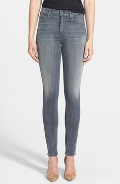 Easing into fall with grey jeans. | @nordstrom