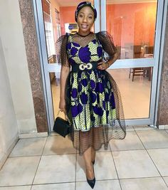 40 Latest African Fashion Dresses 2019 : Styles to Look Cool and Fashionable - Zaineey's Blog African Wear Dresses, African Fashion Ankara, Latest African Fashion Dresses, African Print Fashion, Africa Fashion, African Attire, Ankara Short Gown Styles, Short Gowns, Latest Ankara Styles
