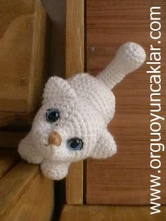 Amigurumi White Kitty Pattern. $6.50, via Etsy.