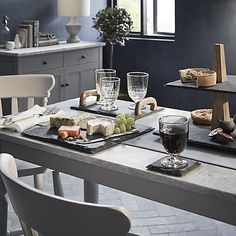 Lend an extra organic texture to your home aesthetic, with these gorgeous slate coasters.