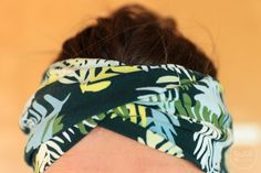 Free sewing instructions: sew the knot hair band - Image 2 Easy Sewing Projects, Sewing Projects For Beginners, Sewing Hacks, Sewing Tutorials, Sewing Tips, Youtube Sewing, Half Hitch Knot, Band Pictures, Turban Style
