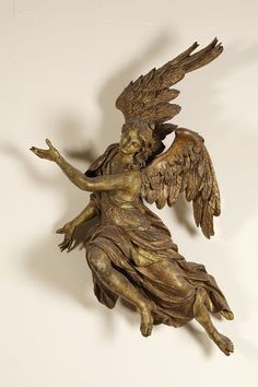 Gilded limewood angel, Austria, ca. 1710-1720. Victoria and Albert Museum #angel…