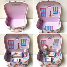 Cardboard Dollhouse, Wooden Dollhouse, Diy Dollhouse, Dollhouse Miniatures, Diy Cardboard, Wooden Dolls, Doll Furniture, Dollhouse Furniture, Cardboard Furniture