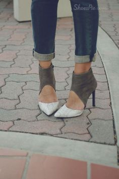 Fashion Contrast Color Pointed-toe Heels