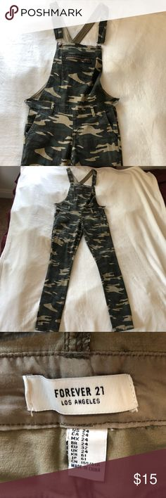 CAMO OVERALLS Super chic camo overalls from Forever 21 , no rips, stains, or snags! Worn maybe once - like new. Forever 21 Jeans Overalls
