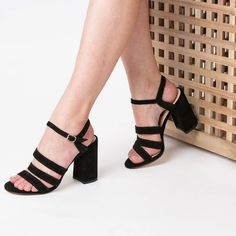 Sandale negre din piele naturala Doly