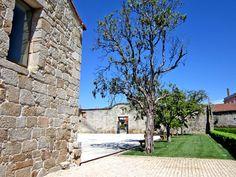 Paço dos Cunhas de Santar - Jardim Roteiro Completo: http://www.myownportugal.com/adegas/