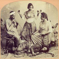 Fun times in Egypt (photo circa 1898) #egypt #egyptian #vintage #shisha #hookah…
