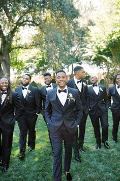Go inside this couple's outdoor wedding in California, complete with a purple color palette and plenty of jazz music—fitting, since the groom is jazz musician Braxton Cook. Purple Color Schemes, Purple Color Palettes, California Garden, California Wedding, Elizabeth Fillmore, San Francisco Shopping, Duke Ellington, Jazz Musicians, First Dance