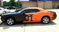 A modern day General Lee in disguise - Dodge Challenger Dodge Hemi, Dodge Challenger Hellcat, Dodge Trucks, 2018 Dodge, Dodge Cummins, Pickup Trucks, Modern Muscle Cars, American Muscle Cars, Us Cars
