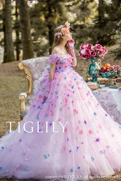 Garden party outfit ideas etsy 37 Ideas for 2019 Quince Dresses, Flower Dresses, Pretty Dresses, Fairytale Dress, Princess Fairytale, Fantasy Dress, Jasmine Dress, Quinceanera Dresses, Beautiful Gowns