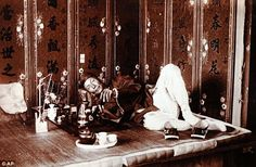 pipe smokers around the world   How Thai monks saved my life': Opium addict who smoked 30 pipes a day ...