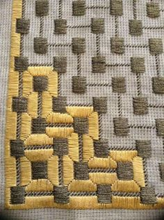 Discover thousands of images about Bargello Design Broderie Bargello, Bargello Needlepoint, Needlepoint Stitches, Needlework, Plastic Canvas Stitches, Plastic Canvas Crafts, Plastic Canvas Patterns, Cross Stitching, Cross Stitch Embroidery