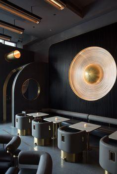 restaurant seating Working on a restaurant design - Lounge Design, Design Café, Deco Design, Cafe Design, Decoration Restaurant, Deco Restaurant, Restaurant Seating, Pub Decor, Roof Decoration