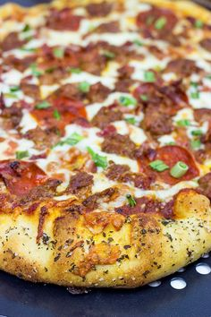 Meat Lover's Pizza is loaded with cheese, sausage, bacon and pepperoni.and it's guaranteed to satisfy that pizza craving! Calzone, Stromboli, Burgers Pizza, Sandwich Croque Monsieur, Meat Lovers Pizza, Flatbread Pizza, Love Pizza, Pasta, How To Cook Sausage