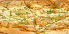 Gluten Free* Garlic Chicken Pizza (use GF pizza dough/crust, sub Greek yogurt for sour cream)