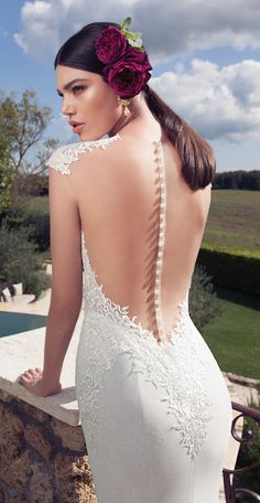 Wow! Beautiful illusion back wedding dress by @bertabridal