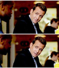 Harvey goddamn Specter Harvey Specter Suits, Suits Harvey, Serie Suits, Suits Tv Shows, Gabriel Macht, Ex Husbands, Good Looking Men, Good People, Mens Suits