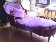 FRENCH GOLD GILT FAINTING COUCH, OLD HOLLYWOOD REGENCY