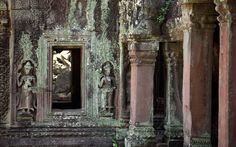 "Kambodscha: ""Temple Running"" in Angkor Wat Angkor Wat, Running, Painting, Cambodia, Temple, Photo Illustration, Racing, Keep Running, Paintings"