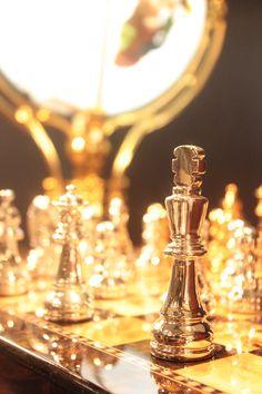 Dê o Check Mate na decoração. Xadrez, o famoso jogo de mesa para quem gosta de desafios de atenção! #Xadrez #Decoração #JogosdeMesa #AdoroPresentes #DesafioDeAtenção