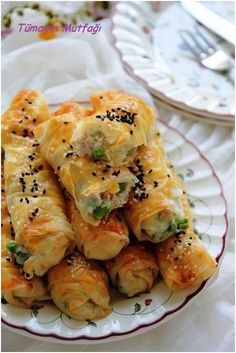Chicken pie with bechamel sauce - Vegetable Recipes, Meat Recipes, Chicken Recipes, Ramadan Desserts, Good Food, Yummy Food, Salty Snacks, Exotic Food, Best Dinner Recipes