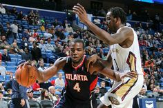Paul driving hard to the hoop. Millsap led the Hawks with 26 points and 10 boards.