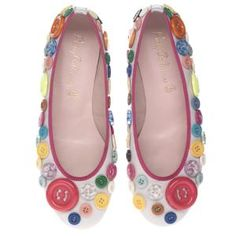 Love these button flats!