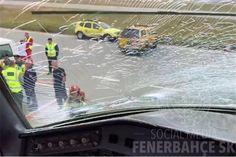 O avião que transportava a equipa de futebol do Fenerbahce rumo a Manchester, em Inglaterra, aterrou de emergência em Budapeste devido à colisão de uma ave no vidro frontal do aparelho.