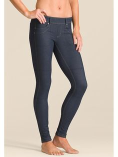 Denim Bettona Jegging - Our jean-style Bettona Jegging in supremely wicking fabric that feels light on your body.