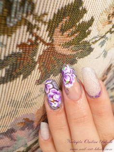 Bibulle Blog Nail Art: Zhostovo Nail Art - Roses ou Dahlias ? nail design, nail art, flowers, fleurs, zhostovo