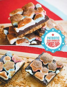 DIY Tutorial {Patriotic} Star Spangled S'mores Bars @HWTM