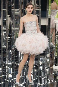 CHANEL- Haute Couture Fashion Week Spring 2017 was held in PARIS, France at the Grand Palais. Chanel Couture, Haute Couture Paris, Couture Week, Style Couture, Spring Couture, Haute Couture Fashion, Fashion Week, Fashion 2017, Runway Fashion