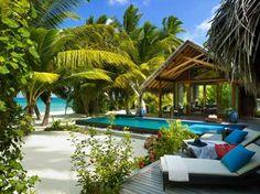 Luxury-Resorts