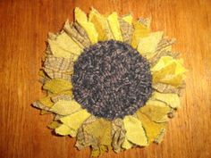 Happy March, Happy Fall, Locker Rugs, Sunflower Crafts, Rug Hooking Patterns, Hand Hooked Rugs, Garden Markers, Fabric Flowers, Felted Flowers