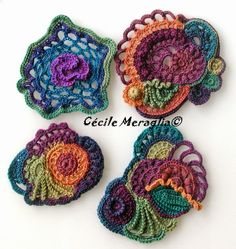 adventures textiles great color for these free form crochet circles Adventures Textiles Great color for these free form crochet circles. Art Au Crochet, Poncho Crochet, Freeform Crochet, Love Crochet, Irish Crochet, Crochet Motif, Crochet Crafts, Crochet Flowers, Crochet Projects