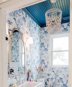 home accents bathroom blue bathroom inspiration - Cheap Rustic Decor, Cheap Home Decor, Home Decor Items, Home Decor Accessories, Cottages And Bungalows, Bathroom Design Luxury, Bath Design, Home Upgrades, Indian Home Decor