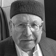 You don't always need a great camera... (usually you don't actually)... to take a cool photo. Taken with iPhone 4s in 2013 for the face of the day.  #glasses #hat #cafe #oldguy #chechia #blackandwhite #portrait #igerstunisia #africa #northafrica #tunis #tunisia #tunisie #trbeauty #comment #follow #follow4follow #like4like #trp