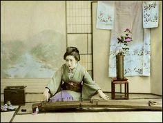 KOTO AND KIMONO in OLD JAPAN by Okinawa Soba, via Flickr.