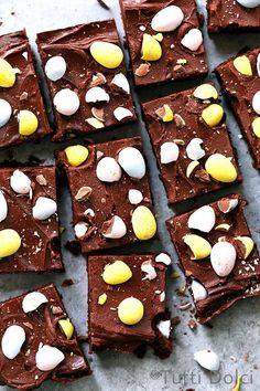 Cadbury Mini Egg Brownies -- It doesn't get much better than an ultra fudgy brownie topped with swirls of fudge frosting and pretty pastel Cadbury mini eggs. Gloriously rich and fudgy, these one-bowl brownies are the perfect treat for Easter. One Bowl Brownies, Fudgy Brownies, Chocolate Brownies, Cadbury Brownies, Homemade Brownies, Chocolate Cakes, Chocolate Lovers, Brownie Toppings, Brownie Recipes
