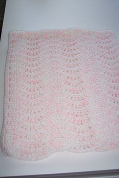 Pink baby blanket made by Linda G.