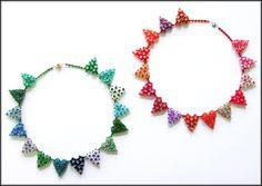Kronleuchterjuwelen Glasperlenschmuck - Herzchen-Collier aus tschechischen Glasschliffperlen