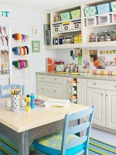 My dream craft room/office Home Design, Craft Room Design, Design Design, Design Ideas, Craft Room Storage, Craft Organization, Craft Rooms, Storage Ideas, Paper Storage