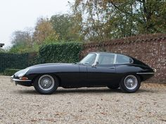 Jaguar E-Type 4.2 Series 1 coupe extensive history from day one, matching numbers and colors | Gallery Aaldering