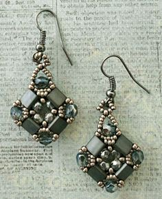 Layered Tila Earrings w/links to pattern.  #Seed #Bead #Tutorials