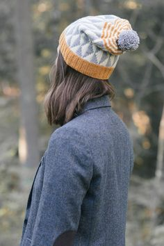 alba hat designed by melissa labarre / from the glen collection / in quince & co. finch, colors apricot, egret, and iceland