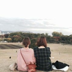 Super Ideas For Fitness Couples Photography Style Bff, Besties, Ulzzang Couple, Ulzzang Girl, Ulzzang Style, Korea Fashion, Indie Fashion, Korean Girl, Asian Girl